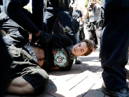 BerkeleyProtest-August-27-2017-AP