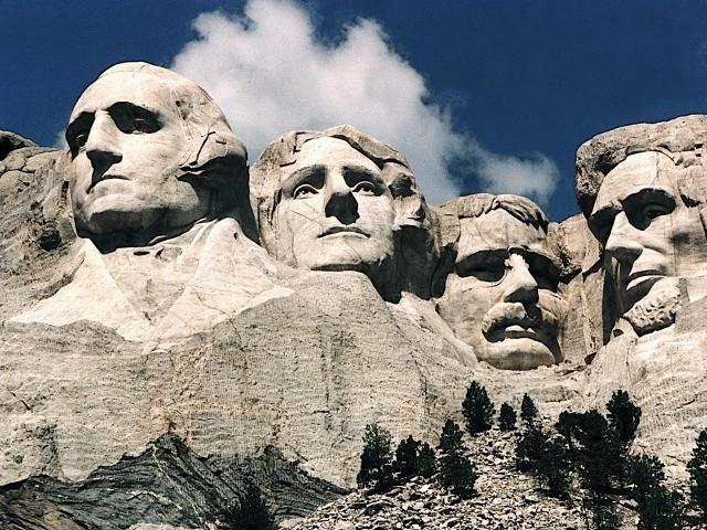 Poll: 90 Percent Oppose Removal, Erasure, of Thomas Jefferson, George Washington - Breitbart