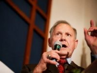 Roy Moore Slams 'Rigged' Prior Debate and Lobbyist Luther Strange for Part in Loss of 4,000 U.S. Jobs