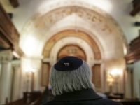 In this photo taken on Wednesday, Jan. 28, 2015, Jose Oulman Bensaude Carp, President of the Jewish community in Lisbon, waits to be interviewed by The Associated Press at the main Jewish synagogue in Lisbon. Portugal is following Spain and granting citizenship rights to the descendants of Jews it persecuted …