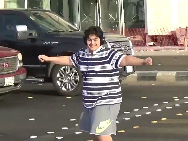 Saudi teen arrested for dancing to 'Macarena' in street