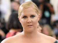 Amy Schumer: Maroon 5 Should Cancel Their Super Bowl Performance to Support Kaepernick