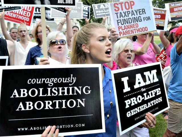 Anti-Abortion-Protesters Olivier DoulieryGetty Images