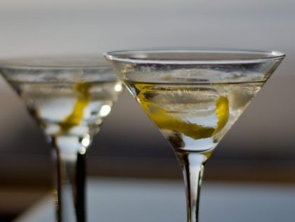 Martini (Alex Butterfield / Flickr / CC / Cropped)