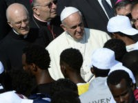 Pope Francis: All Are Called to Appreciate the 'Contribution' of Migrants