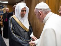 Pope Francis Welcomes Leader of Muslim World League to Vatican