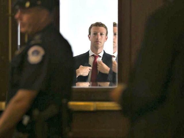 Zuckerberg, Mirror Getty Images