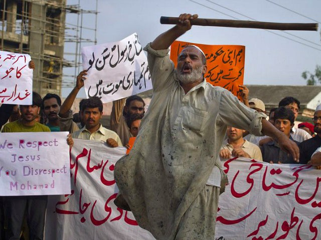IHC orders action against Faizabad Interchange protestors