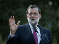Spanish Prime Minister Mariano Rajoy is backing French President Emmanuel Macrosn in calling for an eurozone budget and finance minister