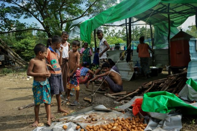 Hundreds of displaced Hindus are seeking shelter in Sittwe, the capital of violence-wracked Rakhine state