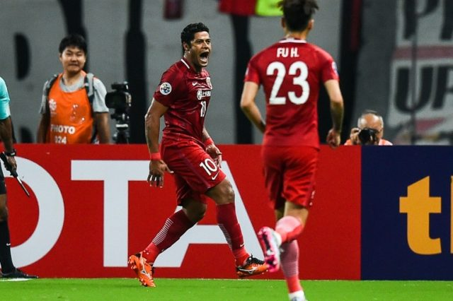 Shanghai SIPG's Hulk(C) celebrates a goal during the AFC Champions League semi-final football match between Shanghai SIPG FC and Urawa Red Diamonds (Japan) in Shanghai on September 27, 2017