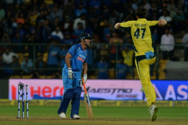Cricket: Warner ton helps Australia break India winning streak
