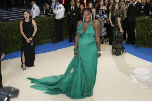 Serena Williams posts first photo of daughter Alexis Olympia
