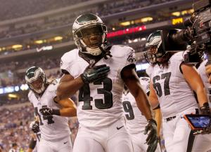 Darren Sproles: Philadelphia Eagles RB breaks arm, tears ACL in one play