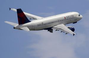 Delta to offer free in-flight text messaging starting Oct. 1