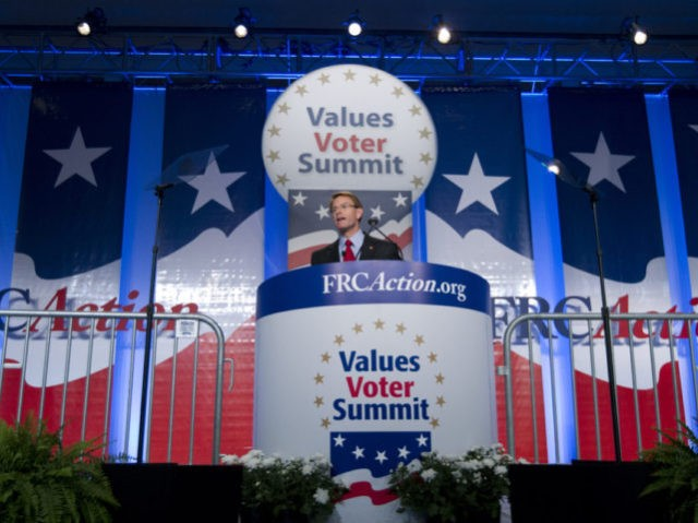 Trump Courts Conservatives at Value Voter Summit