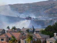 Anaheim Hills 2 fire (Frederic J. Brown / AFP / Getty)