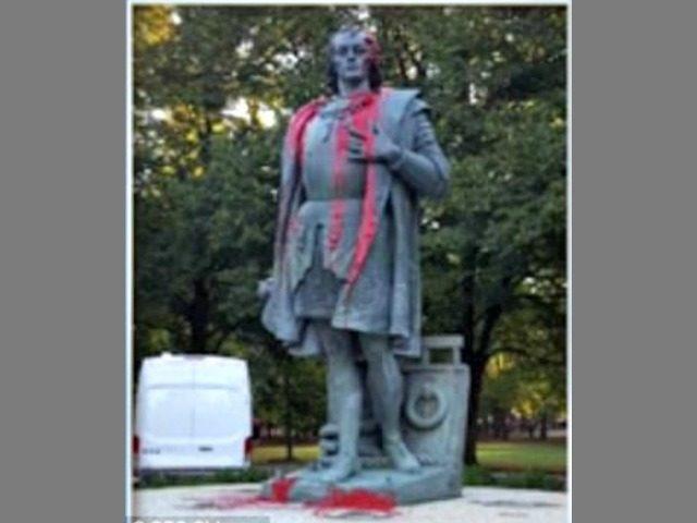 Defaced Columbus Statue Columbus CBS Chicago