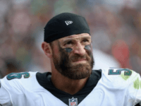 Philadelphia Eagles' Chris Long Donates His Entire 2017 Paycheck to Charity