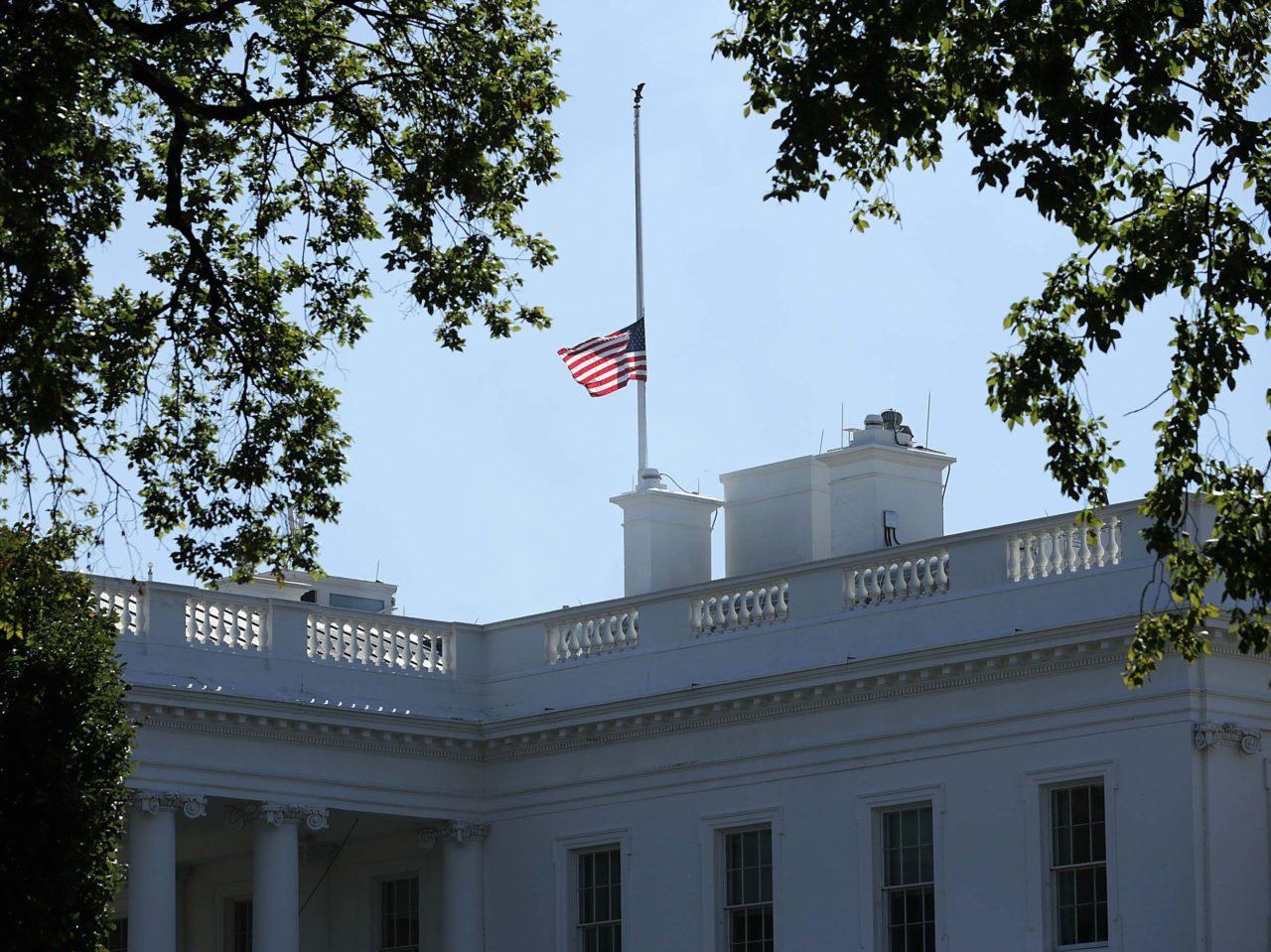 Half-mast White House (Chip Somodevilla / Getty)