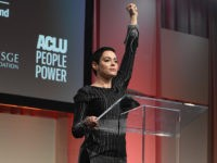 DETROIT, MI - OCTOBER 27: Actress Rose McGowan speaks on stage at The Women's Convention at Cobo Center on October 27, 2017 in Detroit, Michigan. (Photo by Aaron Thornton/Getty Images