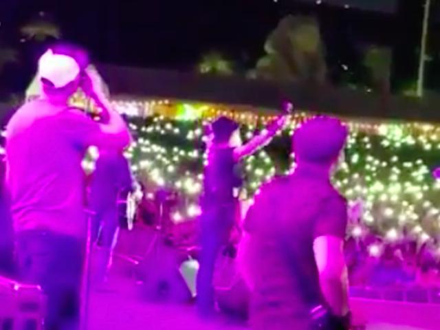 God Bless America Las Vegas (ScreenShot / Kaya Jones / Twitter)