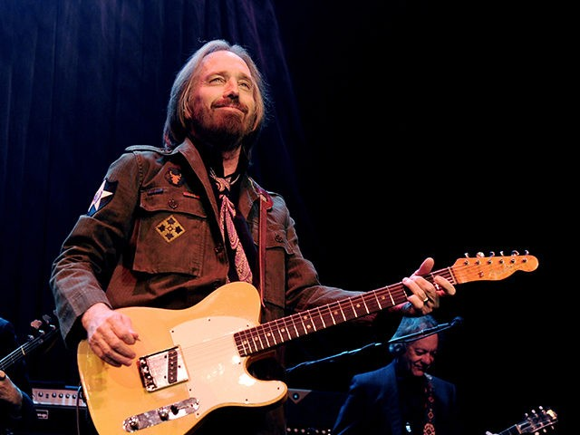 LOS ANGELES, CA - JUNE 03: Tom Petty and the Heartbreakers perform at the Fonda Theatre on June 3, 2013 in Los Angeles, California. (Photo by Kevin Winter/Getty Images)