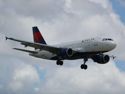 FORT LAUDERDALE, FL - JULY 14: A Delta airlines plane is seen as it comes in for a landing at the Fort Lauderdale-Hollywood International Airport on July 14, 2016 in Fort Lauderdale, Florida. Delta Air Lines Inc. reported that their second quarter earnings rose a better-than-expected 4.1%, and also announced …