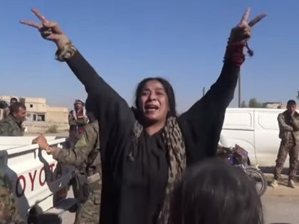 Watch: Woman Rips Off Headscarf After Raqqa Liberated from Islamic State