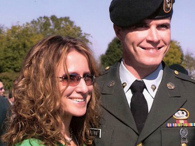 Jen and Roland Paquette | Green Beret Foundation