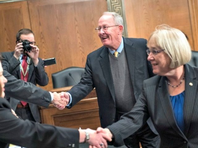 sns-senators-announce-bipartisan-hea-TOM WILLIAMS VIA GETTY IMAGES