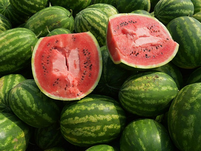 watermelons-watermelon-afp-photo-640x480.jpg