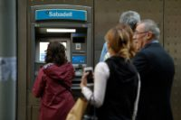 Catalan separatists in cash withdrawal protest