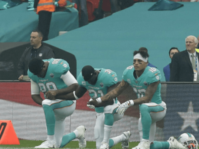 Seven NFL Players Protest During Week 12 Early Games