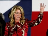 Wendy Davis says goodbye.
