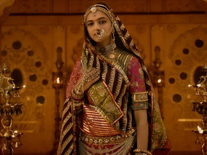 'Set Every Cinema on Fire': Indian Official Demands Actress, Director Beheaded over Film
