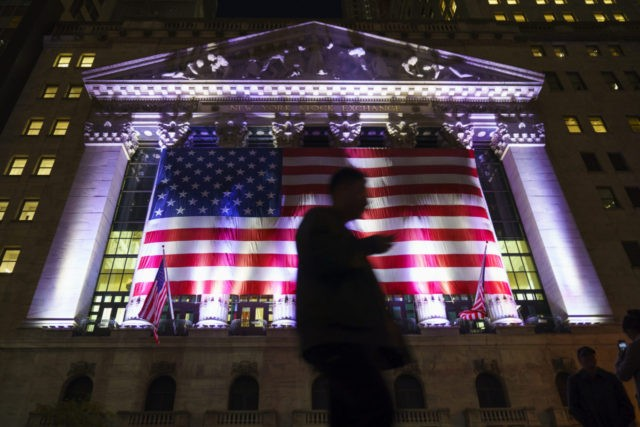 Wall Street retail stocks rise on Black Friday