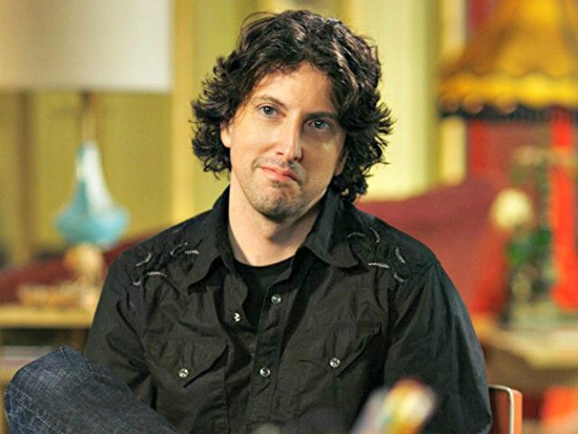 One Tree Hill Cast & Crew Accuse Showrunner of Sexual Harassment