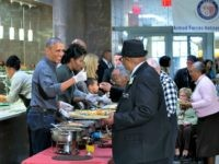 Obama Serves Thanksgiving Dinner