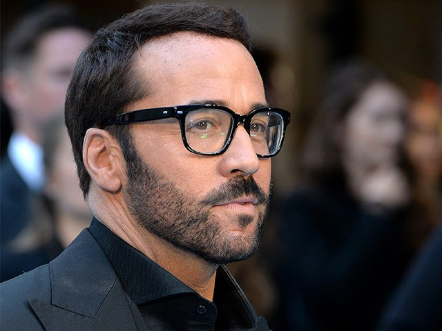 LONDON, ENGLAND - JUNE 09: Jeremy Piven attends the European Premiere of 'Entourage' at Vue West End on June 9, 2015 in London, England. (Photo by Anthony Harvey/Getty Images)