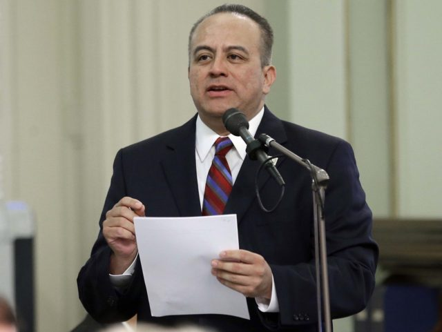 Raul Bocanegra (Rich Pedroncelli / Associated Press)