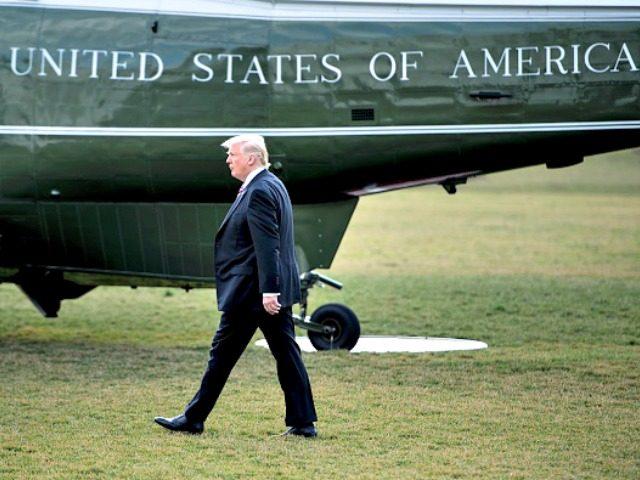 Trump, Marine One BRENDAN SMIALOWSKIAFPGetty Images