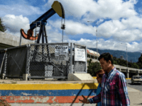 Venezuelan Oil Production, Already at 1940s Levels, Falls Further 32 Percent in June
