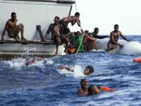 Pope Francis Calls for 'Decisive' Action to End Migrant Deaths in Mediterranean