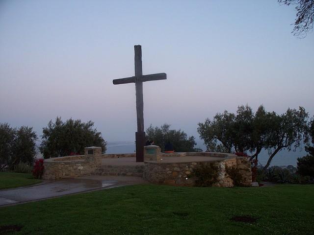 Ventura's Serra Cross in 2009 (Konrad Summers / Flickr / CC)
