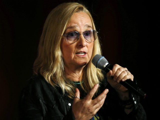 Singer Melissa Etheridge speaks during the Women Grow Leadership Summit on Thursday, Feb. 4, 2016, in Denver. More than 1,200 cannabis industry women from more than 35 states and three countries are on hand for the three-day summit, which is being sponsored by Women Grow, an international professional networking organization …