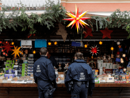 Christmas Market 'Bomb' Scare Evacuation Was Blackmail Plot, Not Terror, Says German Police