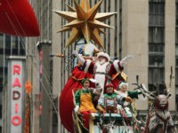 NEW YORK, NY - NOVEMBER 24: Santa Claus proceeds down 6th Av, during the 90th Macy's Annual Thanksgiving Day Parade on November 24, 2016 in New York City. Security was tight in New York City on Thursday for Macy's Thanksgiving Day Parade after ISIS called supporters in the West to …