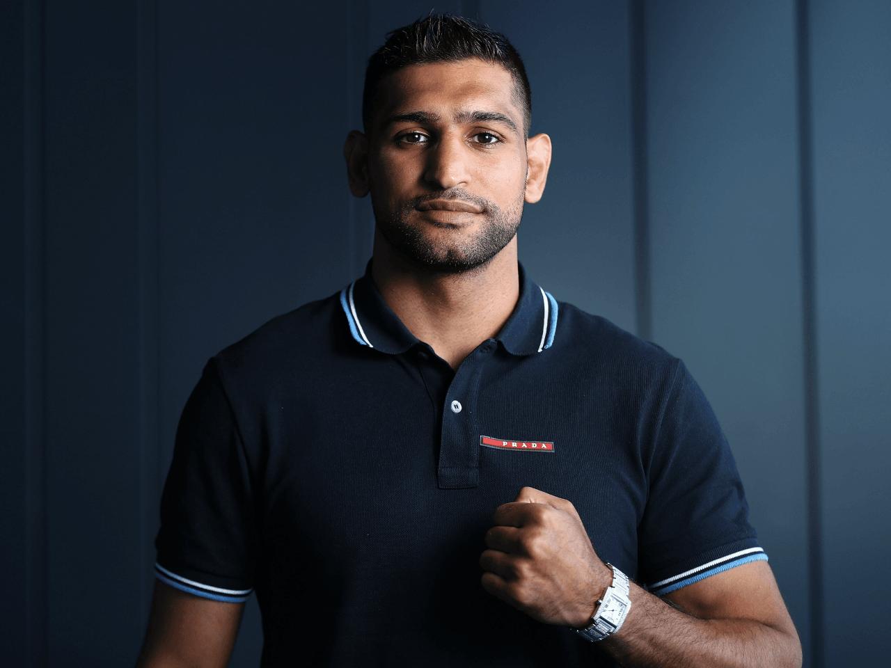 muslim boxer amir khan gets death threats for putting up