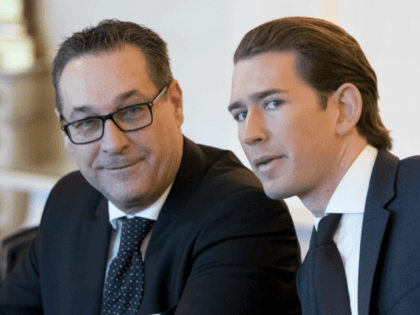 Newly sworn-in Austrian Chancellor Sebastian Kurz (R) and Austria's new Vice Chancellor Heinz-Christian Strache attend their first cabinet meeting on December 19, 2017 in Vienna, Austria. / AFP PHOTO / JOE KLAMAR (Photo credit should read JOE KLAMAR/AFP/Getty Images)